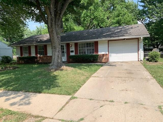 4049  Whitaker Drive Indianapolis, IN 46254 | MLS 21720234