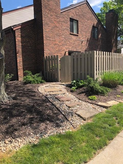 350 E ARCH Street Indianapolis IN 46202 | MLS 21720261 | photo 2