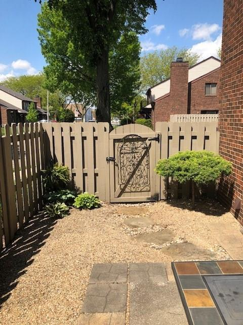 350 E ARCH Street Indianapolis IN 46202 | MLS 21720261 | photo 40