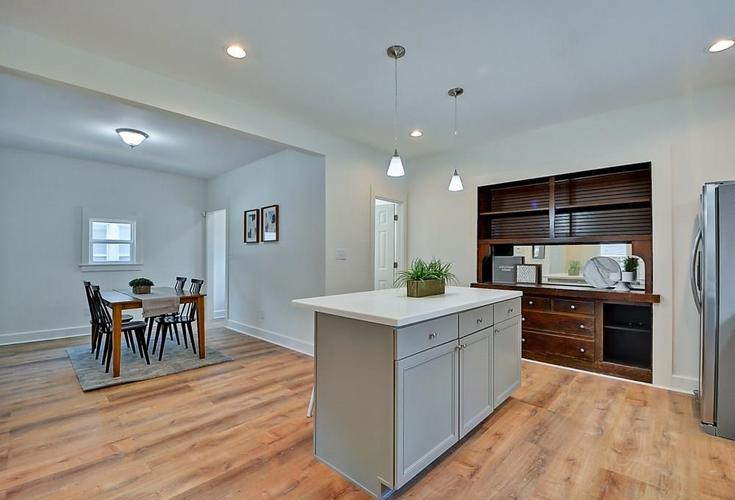 815 Eastern Avenue Indianapolis IN 46201 | MLS 21720335 | photo 13