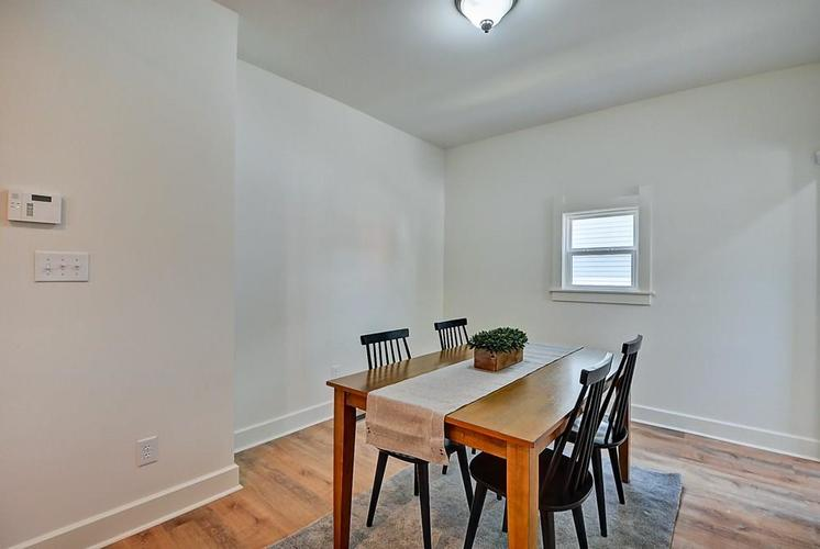 815 Eastern Avenue Indianapolis IN 46201 | MLS 21720335 | photo 17