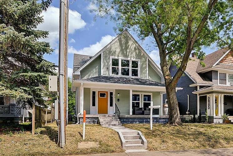 815 Eastern Avenue Indianapolis IN 46201 | MLS 21720335 | photo 2