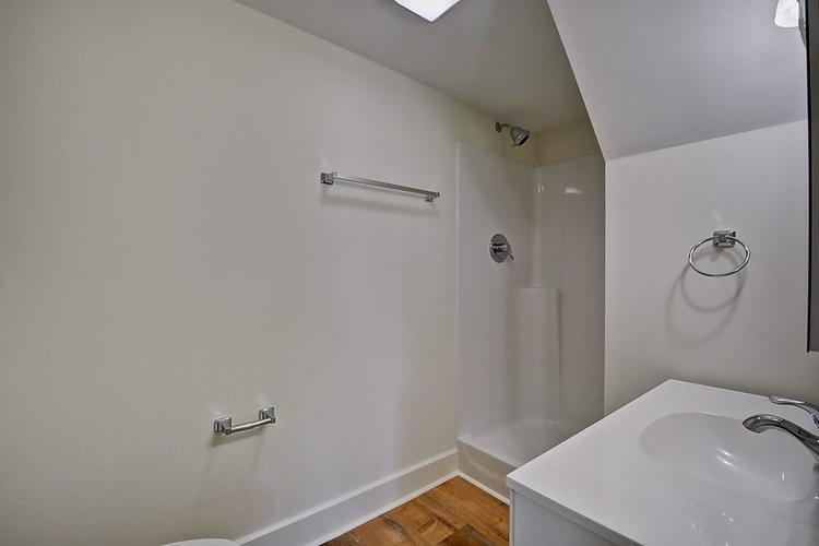 815 Eastern Avenue Indianapolis IN 46201 | MLS 21720335 | photo 25