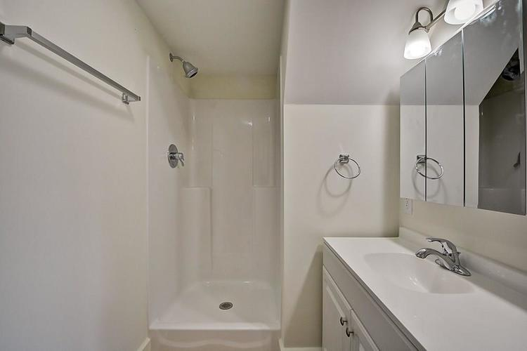 815 Eastern Avenue Indianapolis IN 46201 | MLS 21720335 | photo 26