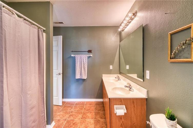 6330 E Runnymede Court Camby IN 46113 | MLS 21720336 | photo 25