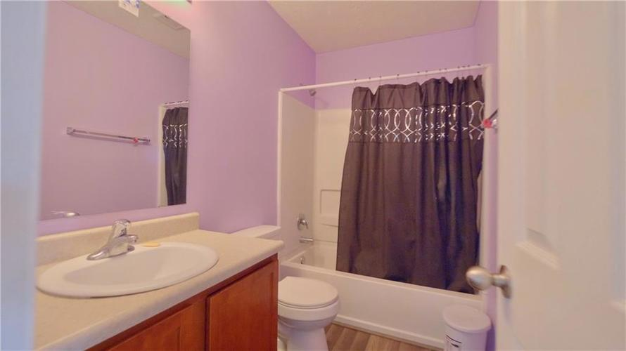8515 Sotheby Drive Indianapolis IN 46239   MLS 21720371   photo 11
