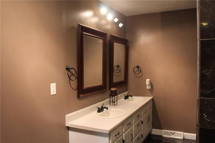 11853 N David Drive Camby IN 46113 | MLS 21720400 | photo 12