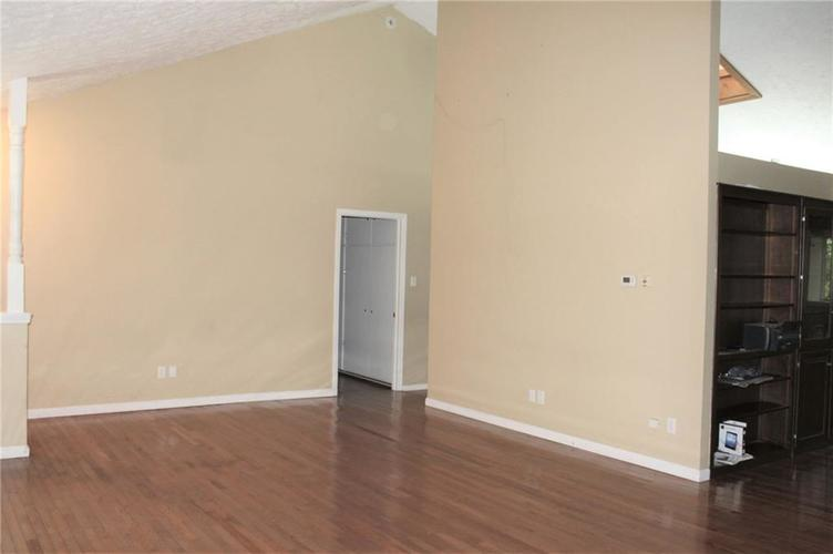 11853 N David Drive Camby IN 46113 | MLS 21720400 | photo 4