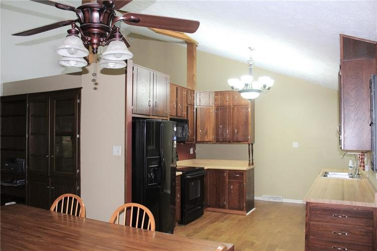 11853 N David Drive Camby IN 46113 | MLS 21720400 | photo 8