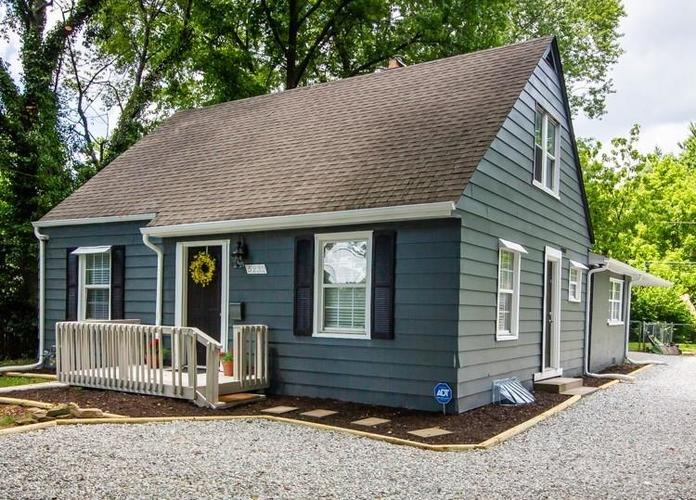 5232 E 16th Street Indianapolis, IN 46218 | MLS 21720408