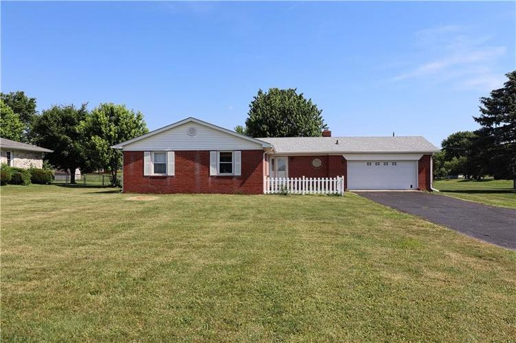 6992 E County Line Road Indianapolis IN 46237 | MLS 21720480 | photo 1