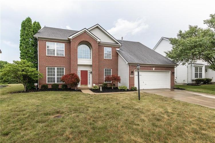 12546 Crystal Pointe Drive Indianapolis IN 46236 | MLS 21720540 | photo 1