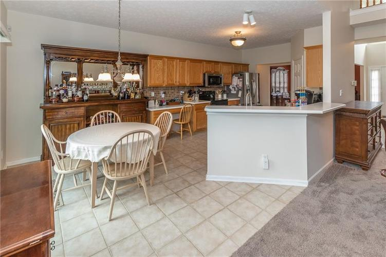 12546 Crystal Pointe Drive Indianapolis IN 46236 | MLS 21720540 | photo 10