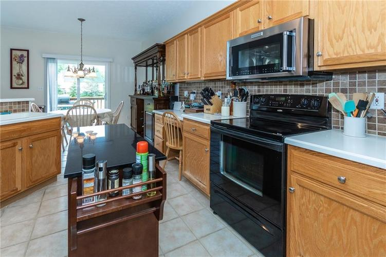 12546 Crystal Pointe Drive Indianapolis IN 46236 | MLS 21720540 | photo 14