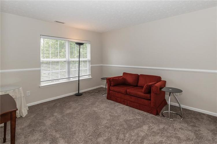 12546 Crystal Pointe Drive Indianapolis IN 46236 | MLS 21720540 | photo 24