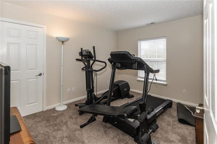 12546 Crystal Pointe Drive Indianapolis IN 46236 | MLS 21720540 | photo 25