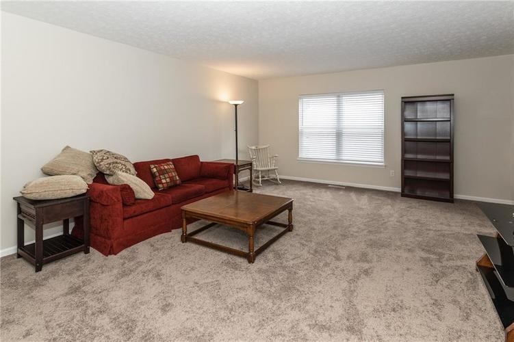 12546 Crystal Pointe Drive Indianapolis IN 46236 | MLS 21720540 | photo 26