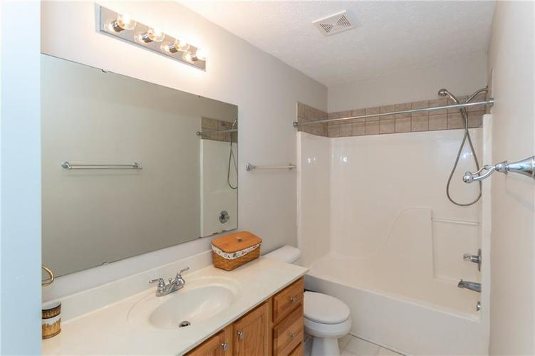12546 Crystal Pointe Drive Indianapolis IN 46236 | MLS 21720540 | photo 27