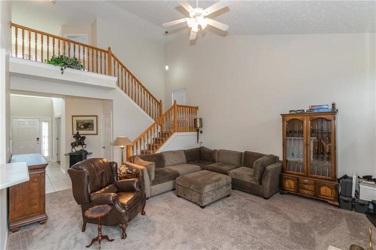 12546 Crystal Pointe Drive Indianapolis IN 46236 | MLS 21720540 | photo 6