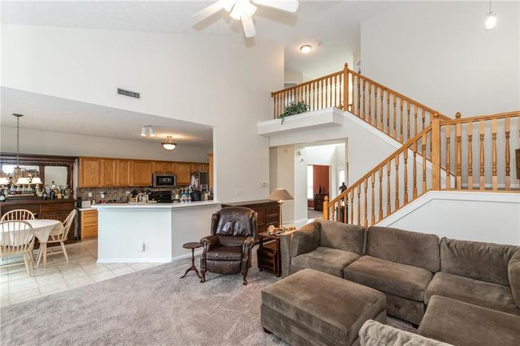 12546 Crystal Pointe Drive Indianapolis IN 46236 | MLS 21720540 | photo 7