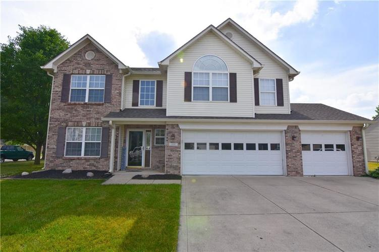1602 TURNING LEAF Drive Franklin IN 46131 | MLS 21720569 | photo 1