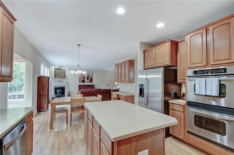 13752 Wendessa Drive Fishers IN 46038 | MLS 21720641 | photo 10