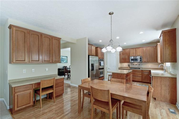 13752 Wendessa Drive Fishers IN 46038 | MLS 21720641 | photo 14