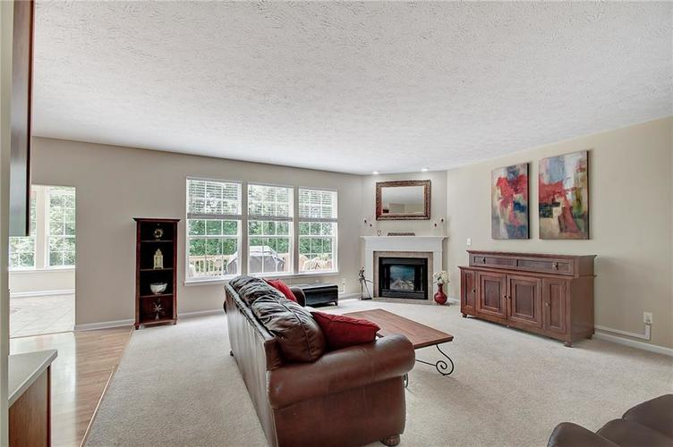 13752 Wendessa Drive Fishers IN 46038 | MLS 21720641 | photo 18