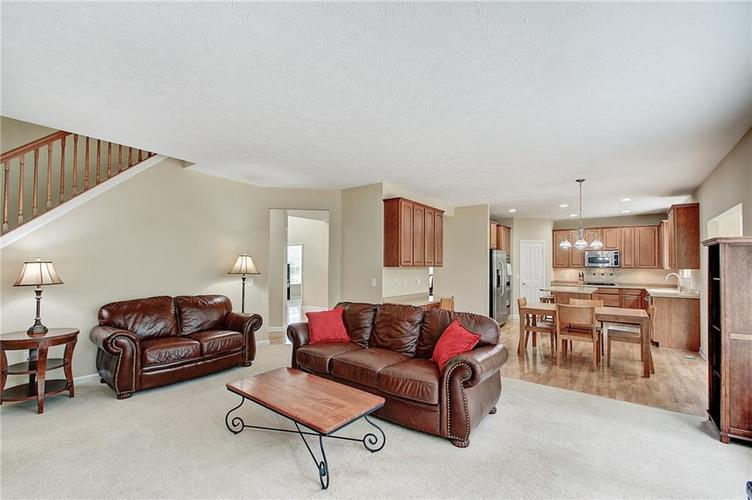 13752 Wendessa Drive Fishers IN 46038 | MLS 21720641 | photo 19
