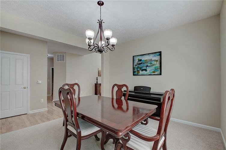 13752 Wendessa Drive Fishers IN 46038 | MLS 21720641 | photo 9