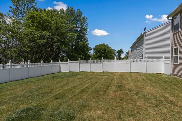 10817 Greenleaf Drive Indianapolis IN 46229 | MLS 21720649 | photo 22