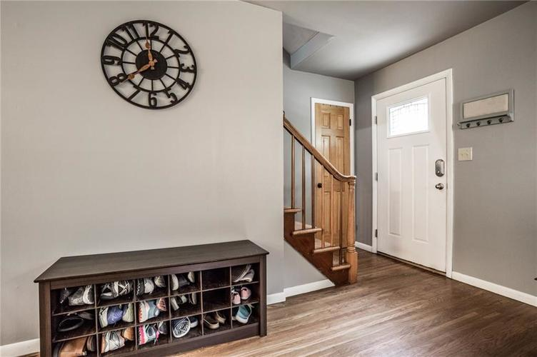 1808 E 64th Street SOUTH Drive Indianapolis IN 46220 | MLS 21720816 | photo 4