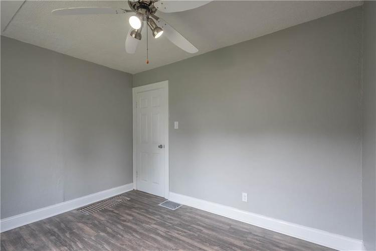 5140 Kingsley Drive Indianapolis IN 46205 | MLS 21720845 | photo 10