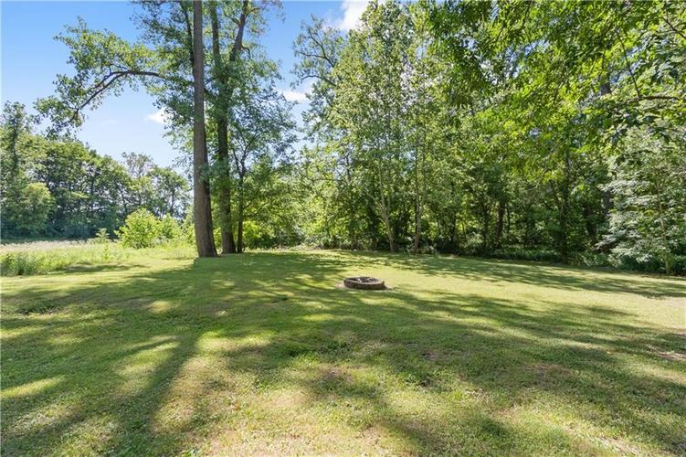 6004 Timber Bend Drive Avon IN 46123   MLS 21720865   photo 4