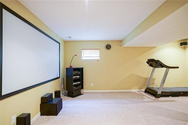 14393 Chariots Whisper Drive Westfield IN 46074 | MLS 21720878 | photo 32