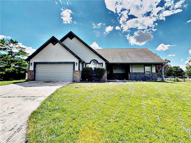 2309  Eagle Brook Drive Shelbyville, IN 46176   MLS 21720972