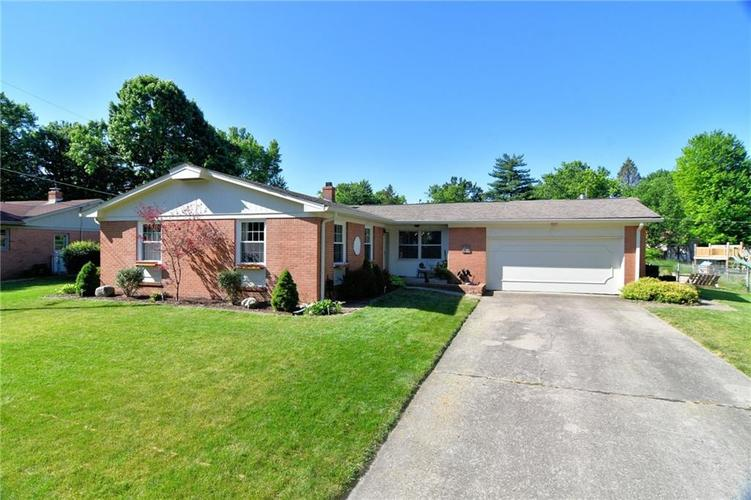 616 Chapel Hill Road Indianapolis IN 46214   MLS 21721025   photo 1