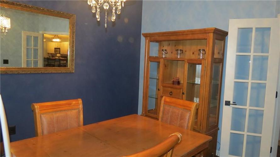 6524 Emerald Hill Unit 208 Court Indianapolis IN 46237   MLS 21721101   photo 9