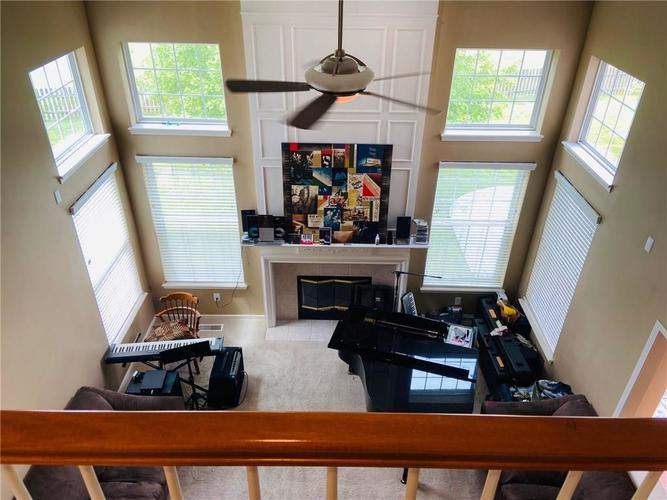 1584 CHARITY CHASE Drive Carmel IN 46074 | MLS 21721120 | photo 12
