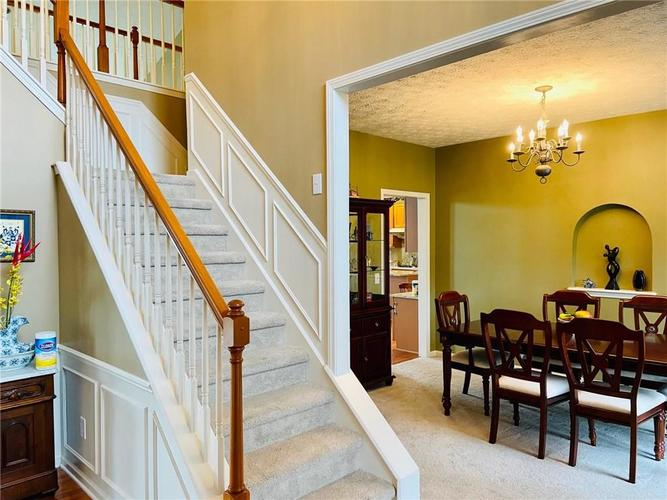 1584 CHARITY CHASE Drive Carmel IN 46074 | MLS 21721120 | photo 16