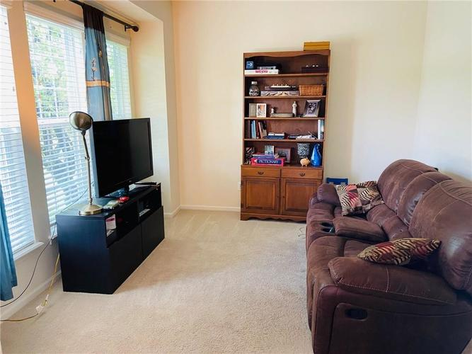 1584 CHARITY CHASE Drive Carmel IN 46074 | MLS 21721120 | photo 27