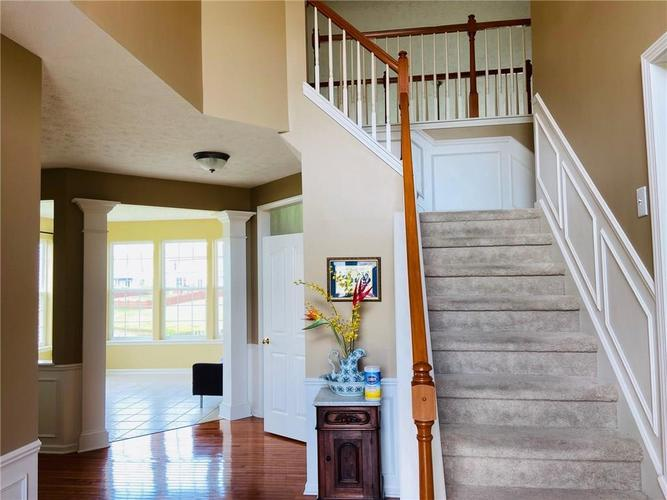 1584 CHARITY CHASE Drive Carmel IN 46074 | MLS 21721120 | photo 7