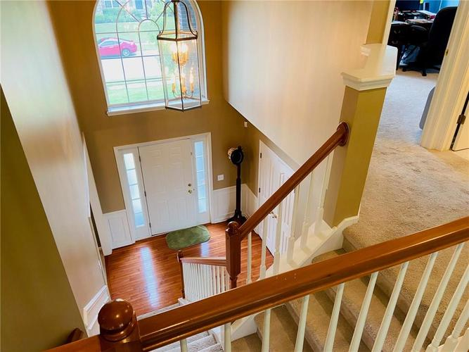 1584 CHARITY CHASE Drive Carmel IN 46074 | MLS 21721120 | photo 8