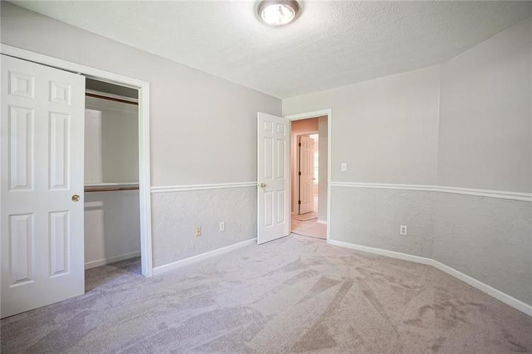 7755 Pershing Road Indianapolis IN 46268 | MLS 21721234 | photo 24