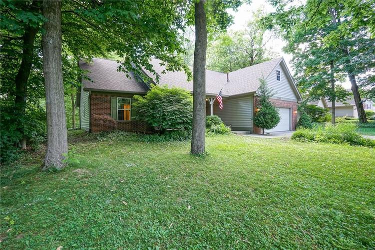 7755 Pershing Road Indianapolis IN 46268 | MLS 21721234 | photo 5