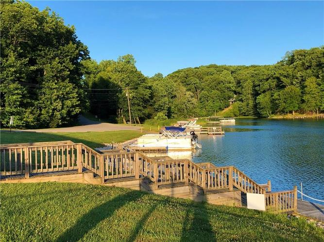 000 E North Point Road Martinsville IN 46151 | MLS 21721238 | photo 11