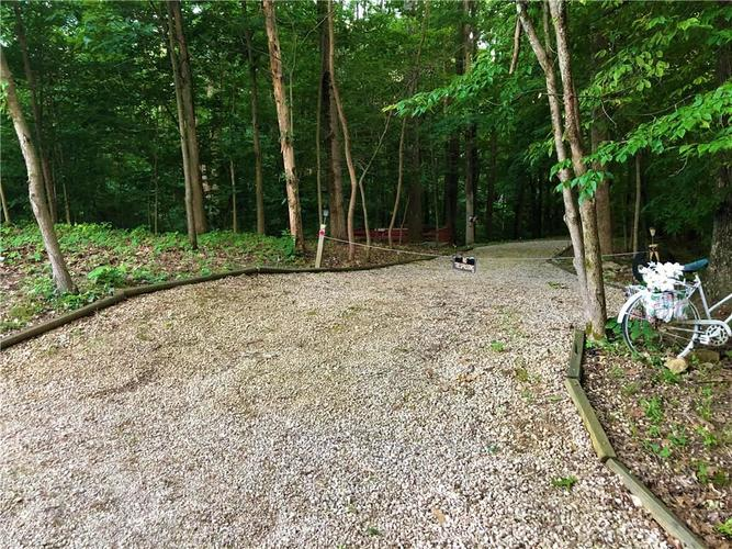000 E North Point Road Martinsville IN 46151 | MLS 21721238 | photo 4
