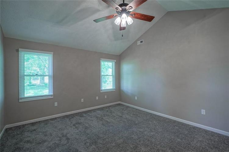 2228 VALLEY CREEK E Lane Indianapolis IN 46229 | MLS 21721269 | photo 13