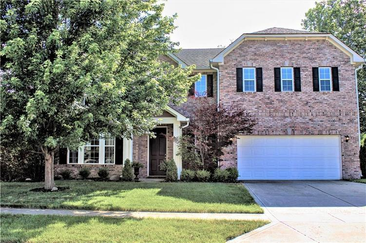 8174 Admirals Landing Place Indianapolis IN 46236 | MLS 21721316 | photo 1