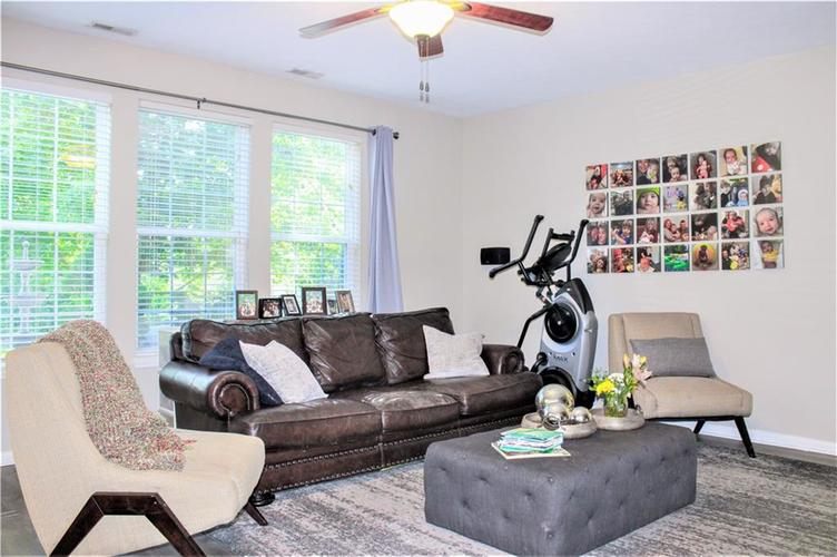 8174 Admirals Landing Place Indianapolis IN 46236 | MLS 21721316 | photo 14